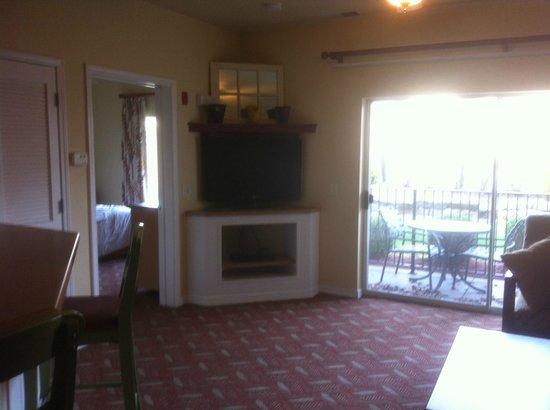 Wyndham Mountain Vista: TV in family area