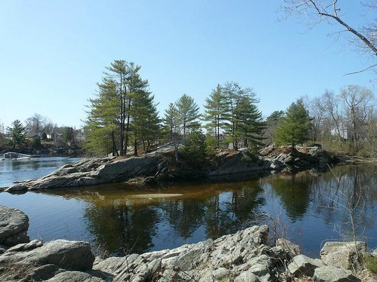 Androscoggin Brunswick-Topsham Riverwalk: Islands in the Androscoggin River seen from the Topsham riverbank
