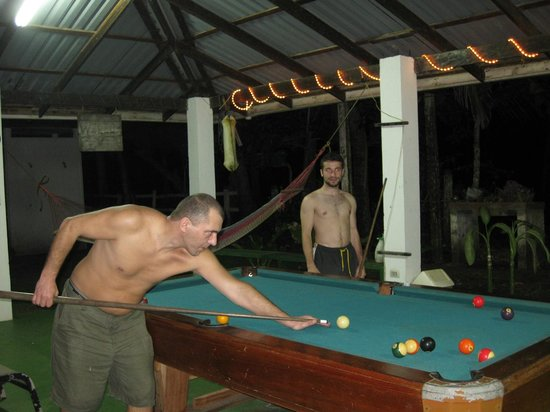 Hotel La Tranquilidad: pool table area