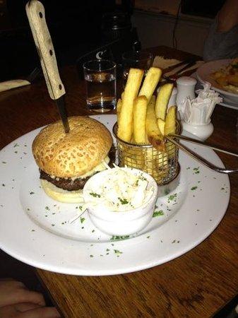 The Turks Head: Yum. Burger n Chips