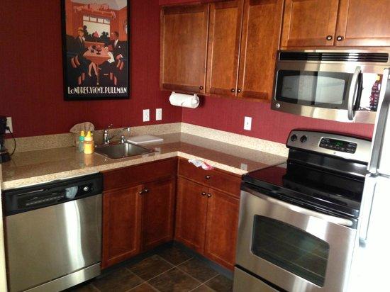Residence Inn San Diego Rancho Bernardo/Scripps Poway: Kitchen