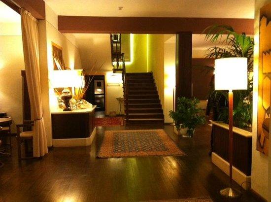 Hotel 2 Mari: ...DALL'ENTRATA