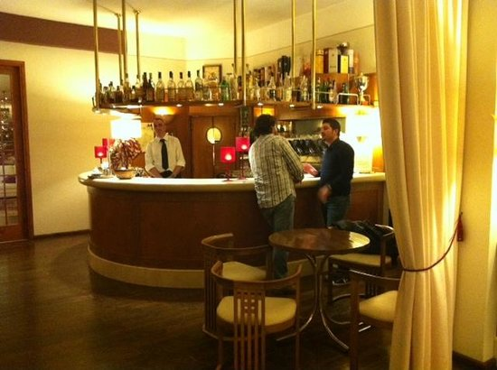Hotel 2 Mari: BAR