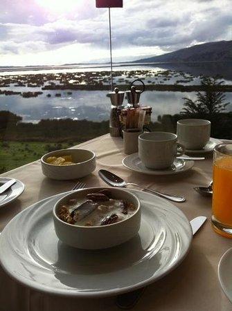 Libertador Lake Titicaca: delicioso desayuno con hermosa vista...