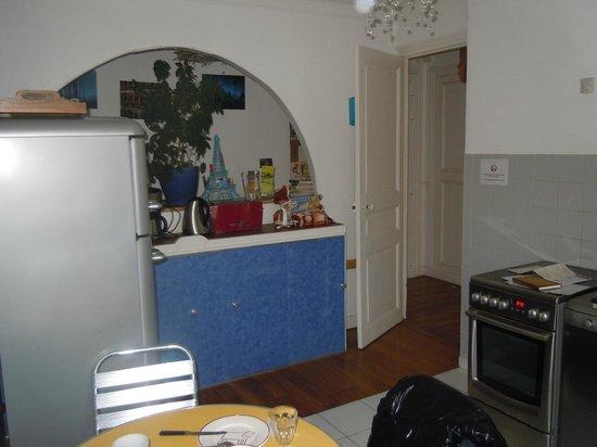 Appartement d'hotes Folie Mericourt: Cucina/sala da pranzo
