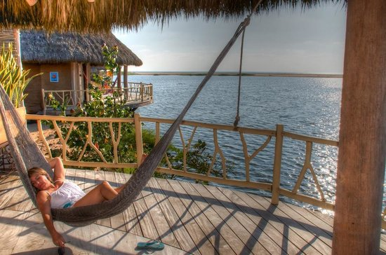 Hotelito Desconocido: Relaxing on the deck of our palafito