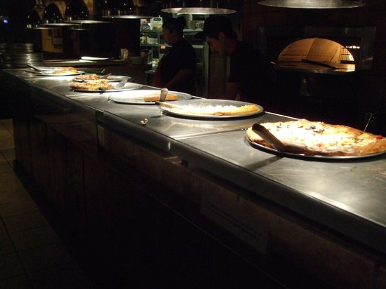 Zax Restaurant & Watering Hole : Pizza