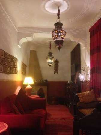 Riad Sable Chaud: Evening in the Riad