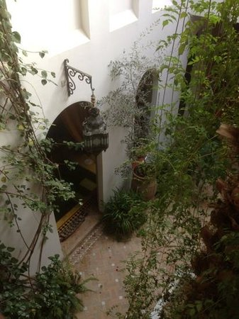 Riad Sable Chaud: the central courtyard