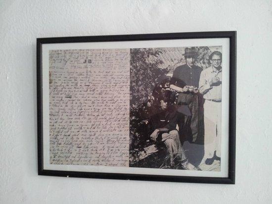 El Muniria: Previous guests: Burroughs, Ginsberg and friend