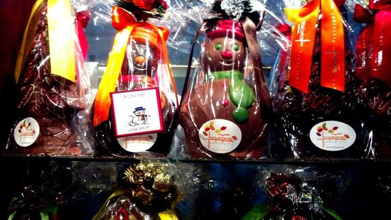 Jacques Torres Chocolate: Christmas at Jacques Torres.
