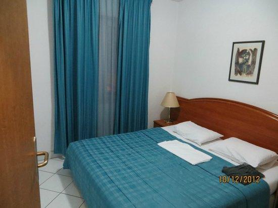Hotel Aquamarin: Bedroom