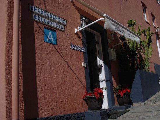 Apartamentos Bellavista Gomera: Entrada recepción