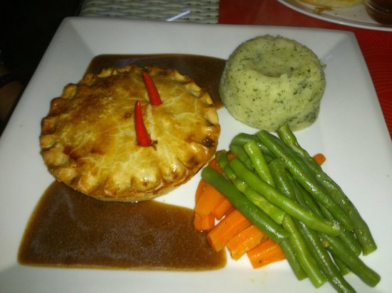 Temple Bar & Restaurant: great steak and ale pie