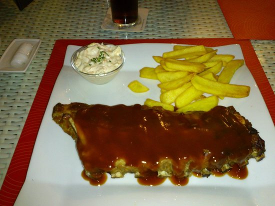 Temple Bar & Restaurant: excellent ribs