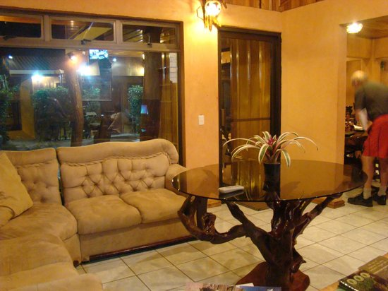 Monteverde Rustic Lodge: Lobby at Rustic Lodge