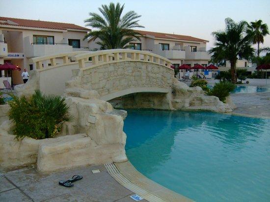 Crown Resorts Henipa: Der Pool