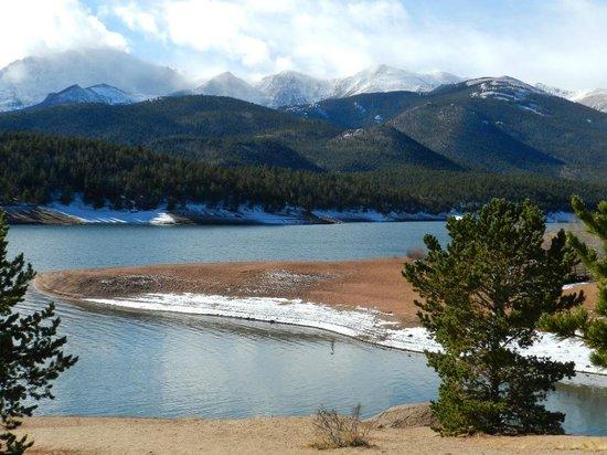 Vistors center and gift shop crystal reservoir picture for Peak fishing times
