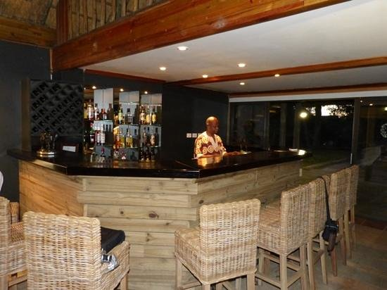 Savute Safari Lodge: Score the perfect barman