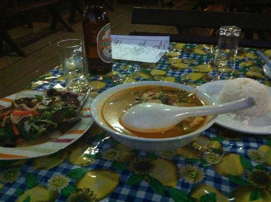 Baan E-Tu Waterfall Resort : Dinner