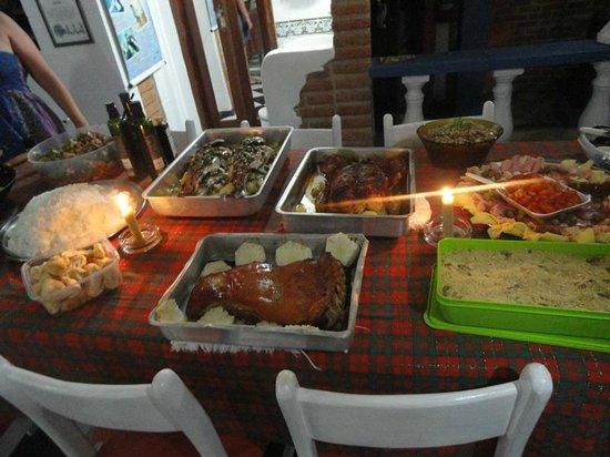 Arraial d'Ajuda Hostel: Ceia de Natal coletiva