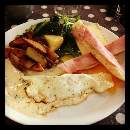 Compiegne, France: Assiette salée du brunch
