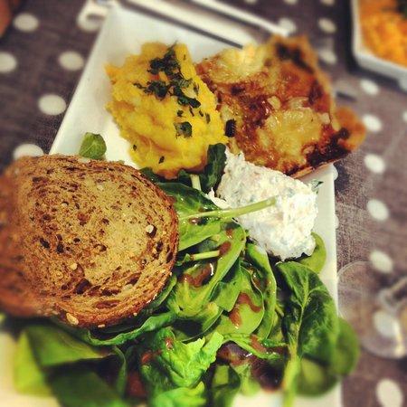 Compiegne, France: Assiette salée du midi