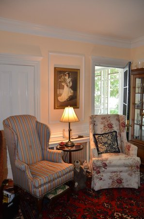 Captain David Kelley House: Sitting area