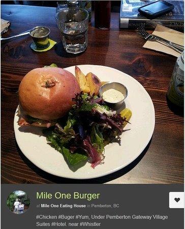 Pemberton Gateway Village Suites Hotel: #1 Best Burger Mile One Eating House