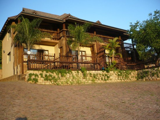Bundu Lodge: View of our rooms