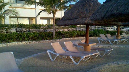 Heaven at the Hard Rock Hotel Riviera Maya: lagoon