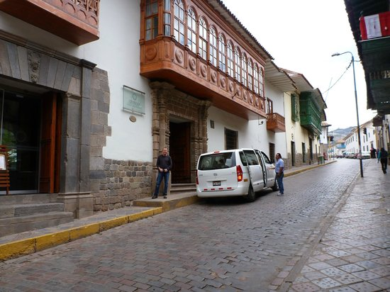 Aranwa Cusco Boutique Hotel: Outside of hotel