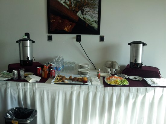 Crowne Plaza Queretaro Diamante: servicio de desayuno durante el curso