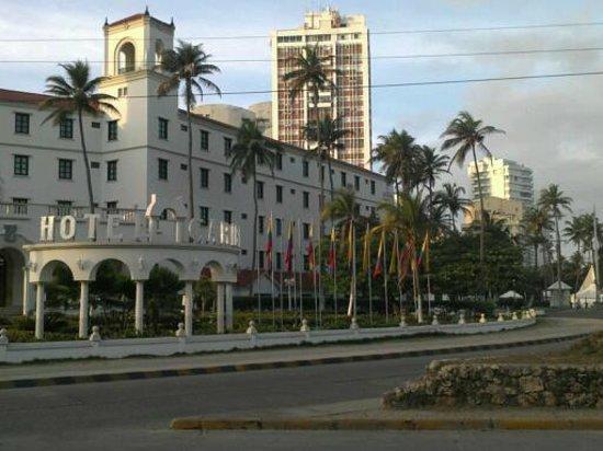 FACHADA DEL HOTEL CARIBE