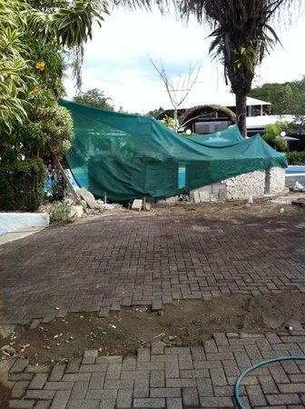 هوتل فيلاز بلايا سامارا: The Deck Near the Pool 
