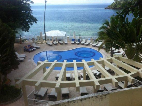 Grand Bahia Principe Cayacoa: piscine peu profonde avec 3 spas
