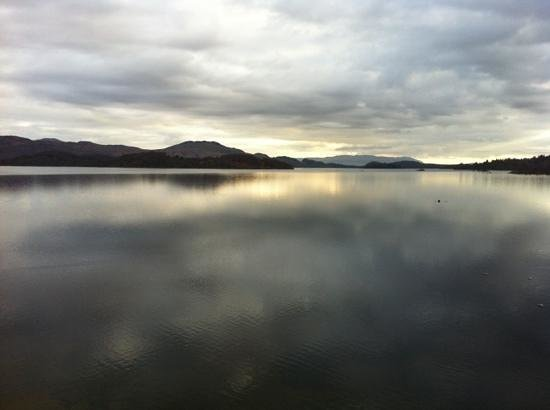 Lodge on Loch Lomond: view