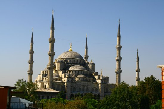 ‪‪Uyan Hotel‬: Blue Mosque - view from terrace