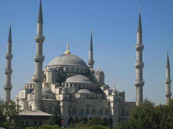 Uyan Hotel: Blue Mosque - view from terrace