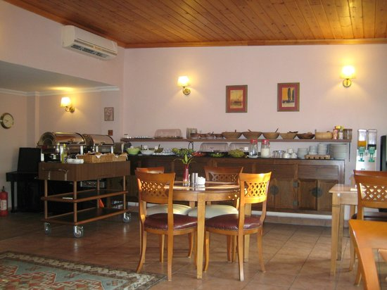 Uyan Hotel: Breakfast Room