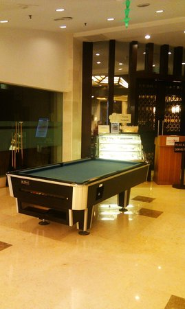 Lexis Port Dickson: Pool Table in the Lobby