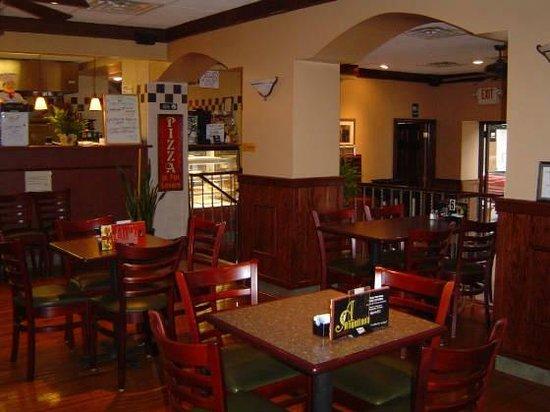 Angelino's Restaurant Pizzeria: Second Level
