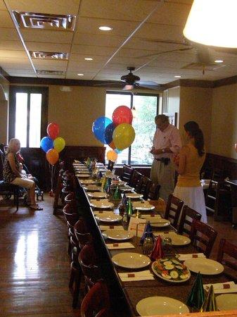 Angelino's Restaurant Pizzeria: Group Events