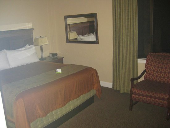 The Majestic Yosemite Hotel: not the greatest pic but a nice room with a comfy bed