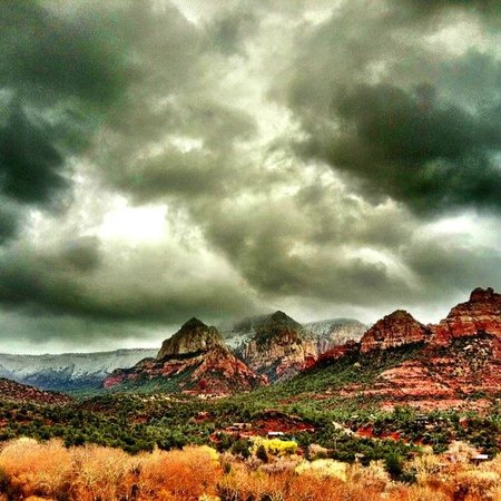 Best Western Plus Arroyo Roble Hotel & Creekside Villas: Beautiful Sedona