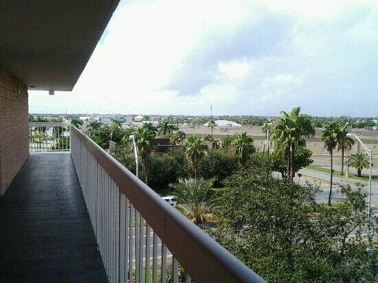 Motel 6 Cutler Bay: view