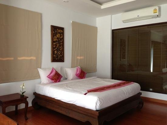 Poolsawat Villa : the room