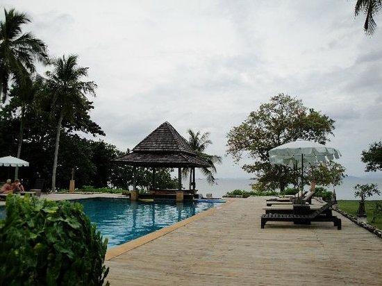 GLOW Elixir Koh Yao Yai: Main pool