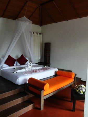 GLOW Elixir Koh Yao Yai: Innside view of Room 193 (Hillside Pool Villa)