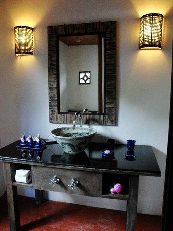 GLOW Elixir Koh Yao Yai: Bathroom of Room 193 (Hillside Pool Villa)